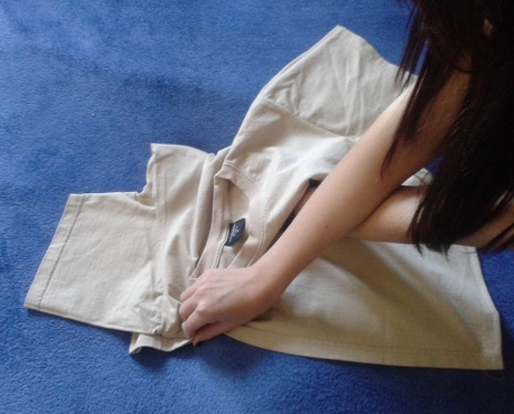 How to Fold T-shirts - You Have To Try This Method!