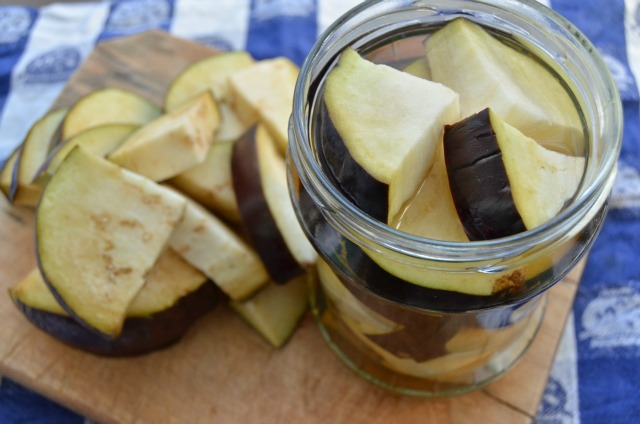 How to make homemade eggplant cream?