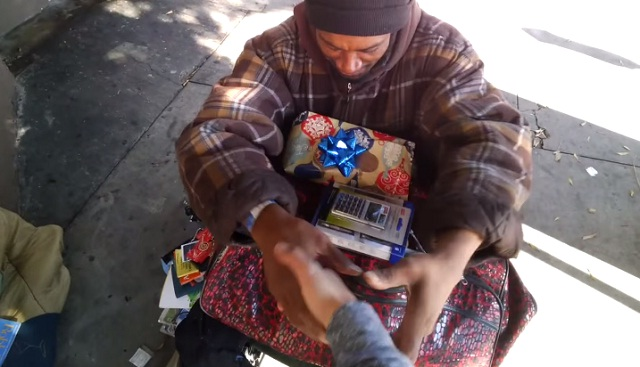 homeless-christmas-gift.jpg