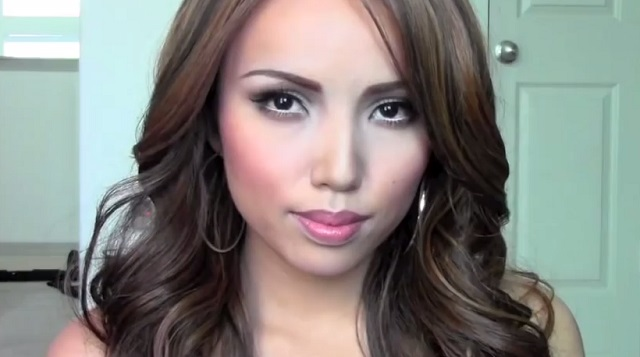 makeup-video.jpg