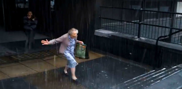 Watch: This old lady ran in the rain. The reason will move you to tears