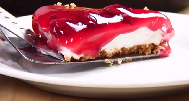 The simplest and best no bake cherry cheesecake recipe
