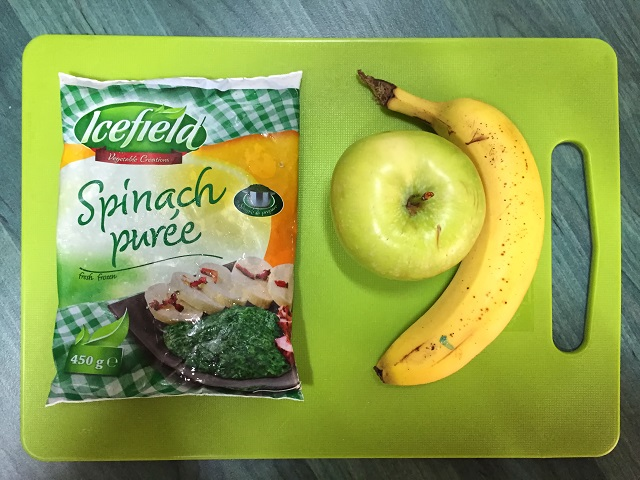 Apple-banana-spinach green smoothie recipe