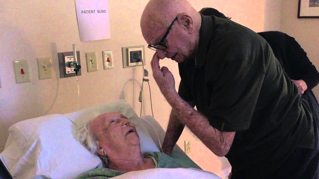 After 73 years of marriage, a husband sings a last song to his gravely ill wife. This is what love means