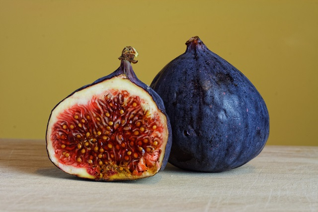 Six reasons why you should eat figs daily