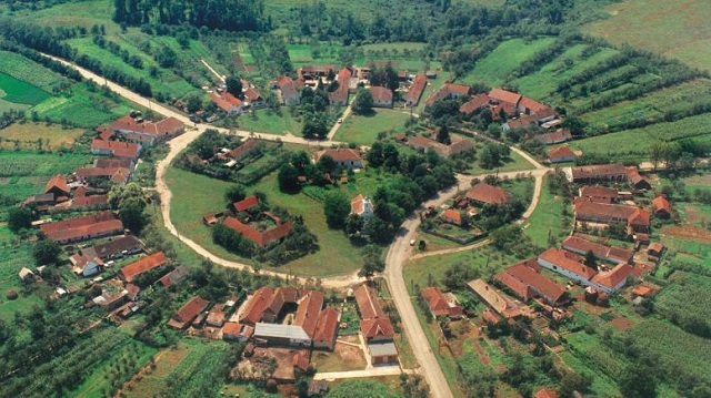 Charlottenburg or Sarlota, the only Romanian village built in a circular form