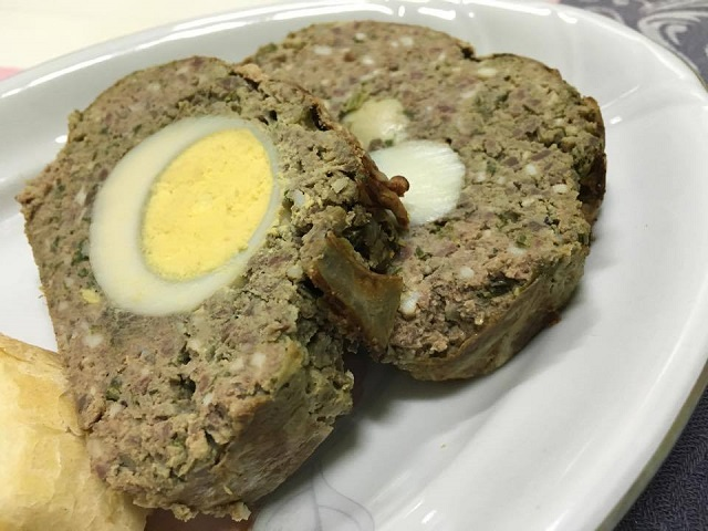 Lamb meat loaf, a traditional Romanian recipe