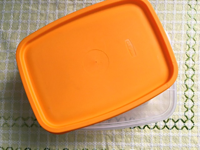 Here's what you expose yourself to if you use plastic containers and cutlery