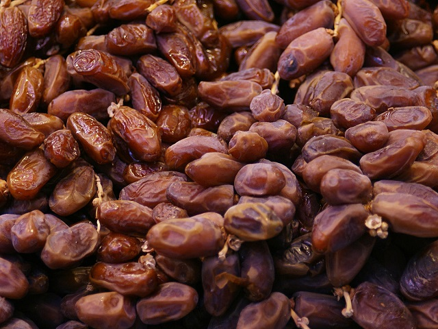 Dates, one of the healthiest foods in the world