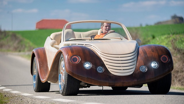 Romanian Man Spends $20,000 Building Wooden Car Called Julia