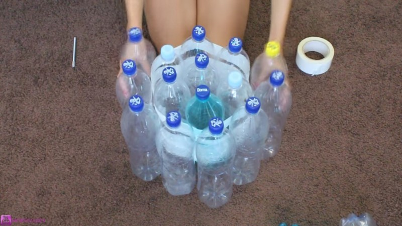 19 plastic bottles to make a lovely piece of furniture