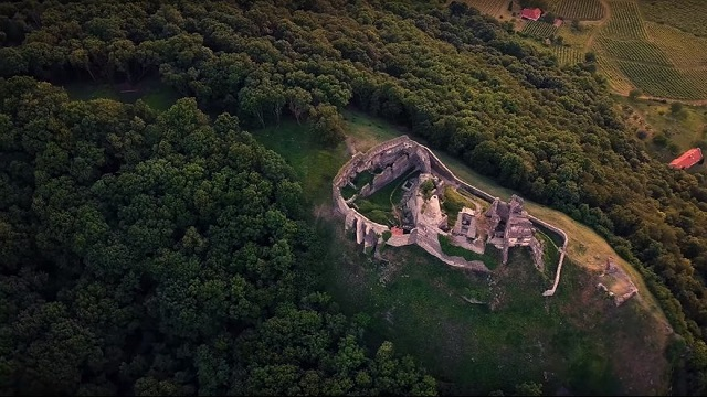 Wonderful Hungary: an amazing video of the Somló hill