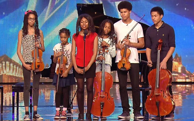 6 siblings enter the stage and surprise everyone with their performance