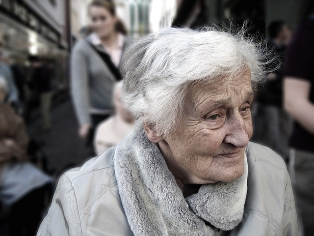 Warning Signs of Alzheimer's Disease - Pay attention to these if you are over 50!