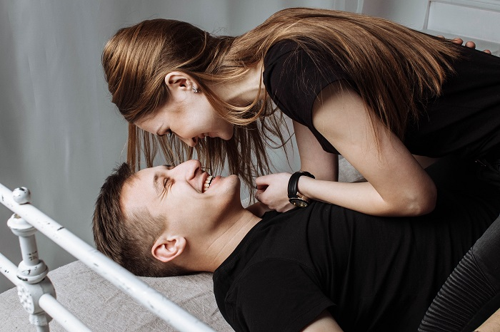 13 signs that a man is in love