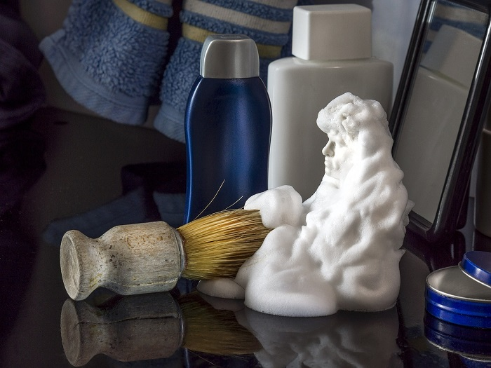 (Video) Shaving foam successfully solves many problems in our home