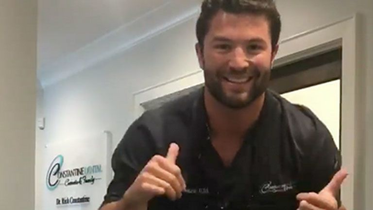 With his sexy dance, a dentist became the star of the internet