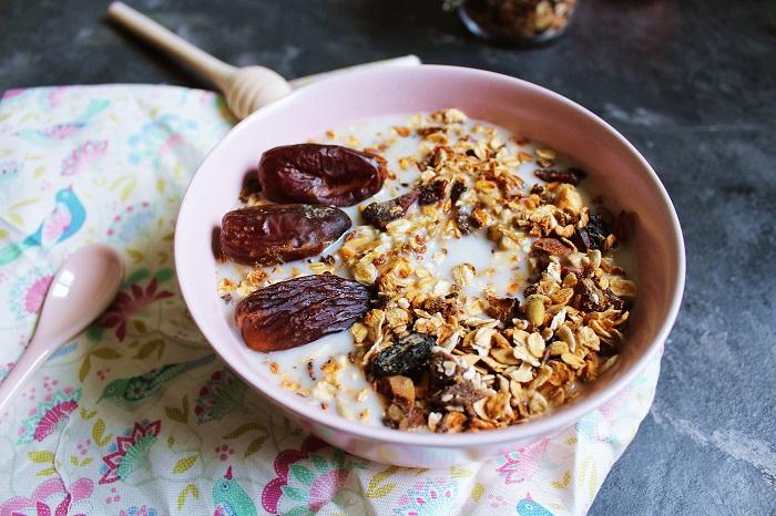 These things happen to your body when you start eating oats every day