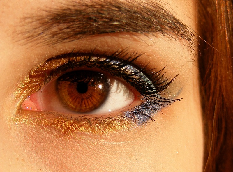 People with brown eyes have special powers. Learn to apply these four powers