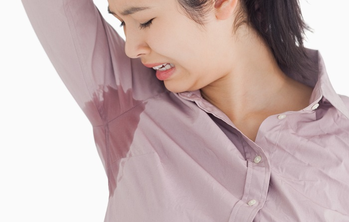 4 natural and cheap solutions to prevent sweating