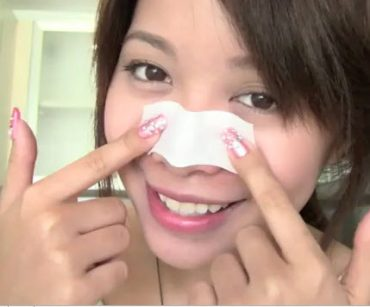 Michelle-Phan-Pore-strips-at-home.jpg
