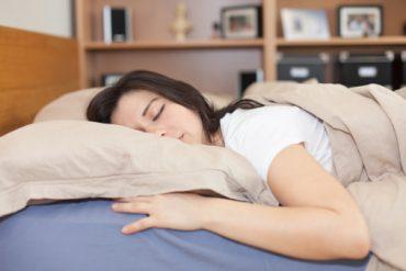 Sleeping-on-your-stomach.jpg