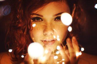 attractive-beautiful-beautiful-girl-799420.jpg