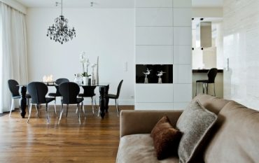 black-white-dining-room-idea-wood-floor.jpg