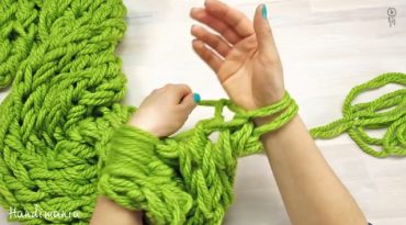 diy-scarf.jpg