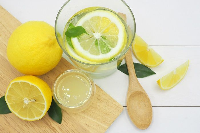 lemon-water2.jpg