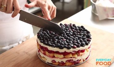no-bake-wild-berry-cake.jpg